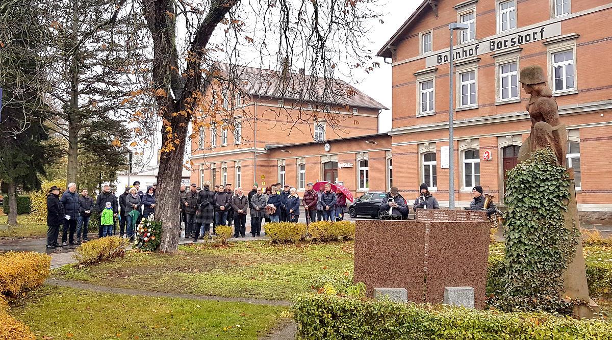 """Stiller Tag"" in Borsdorf: 17.11.2019 – Volkstrauertag"